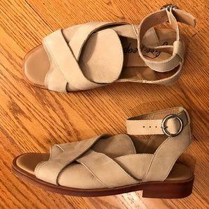 EUC Free People Sandals, Tan